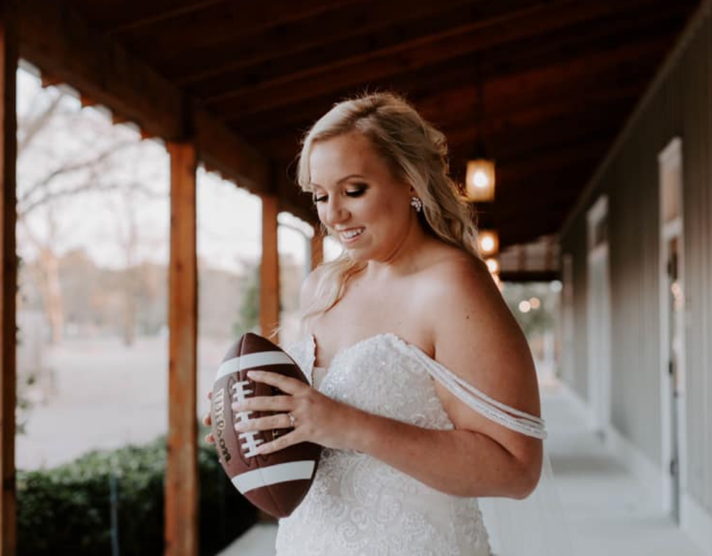 Tips for Planning a Wedding During Football Season